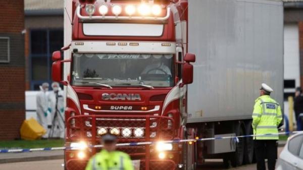 Vụ 39 n.ạn nh.ân ở Anh: Tài xế lái chiếc xe tải nói gì trước tòa?