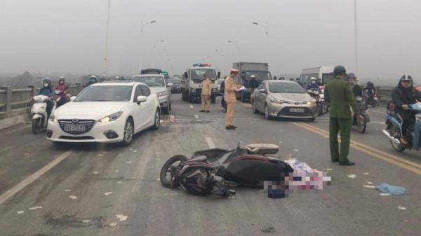 VỪA XONG: Bất ngờ người đàn ông t.ử vo.ng bên cạnh chiếc xe máy trên c.ầ.u Vĩnh Tuy