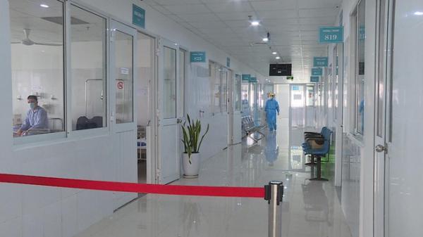 Bỏ trốn khỏi bệnh viện khi có triệu chứng ho, sốt, nữ du khách được tìm thấy ở khách sạn