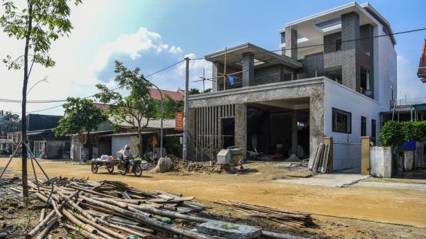 Biệt thự rỗng' ở làng xuất khẩu lao động giàu nhất Hà Tĩnh