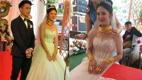 Xuýt xoa với hình ảnh cô dâu đeo vàng nặng trĩu cổ và kín 2 bàn tay trong ngày cưới ở Cao Bằng