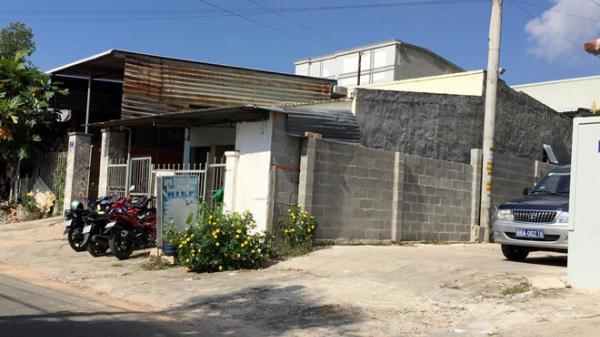 Du khách Nga tử vong trong nhà trọ với vết đâm sâu gần cổ