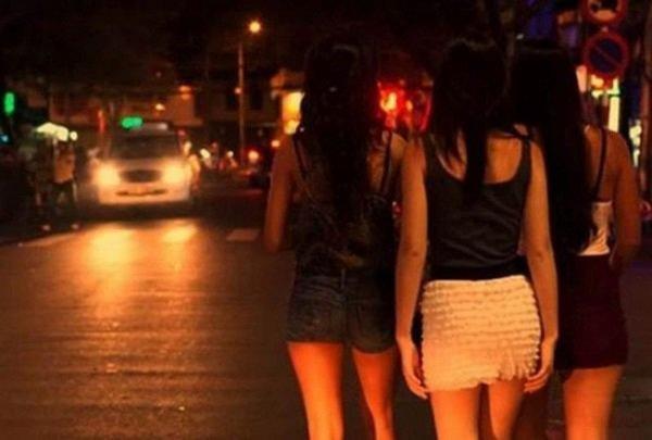 Rất nhiều cô gái trẻ hành nghề này đã tự hủy hoại cuộc đời vì dính vào mai thúy.
